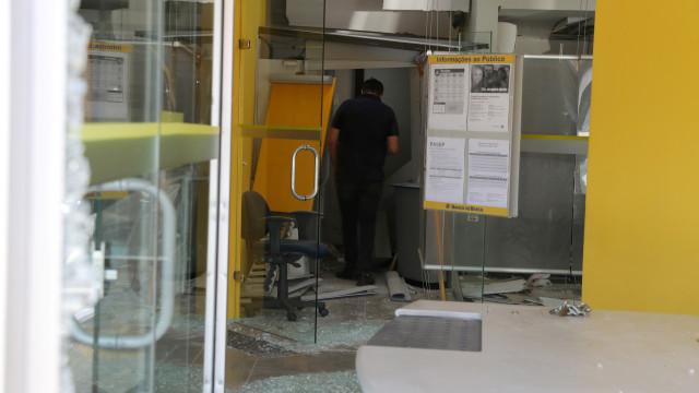Polícia prende mais 3 pessoas após tentativa de assalto em Guararema