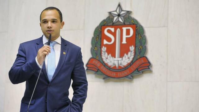 MP investiga bolsonarista Douglas Garcia por improbidade administrativa