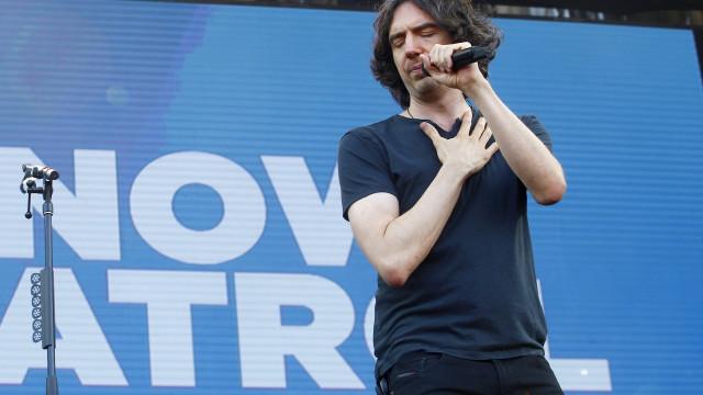 Após suspensão de mais de 2 horas, Snow Patrol reabre Lollapalooza
