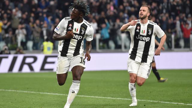 Juventus vence Milan e fica a um passo do título da Série A