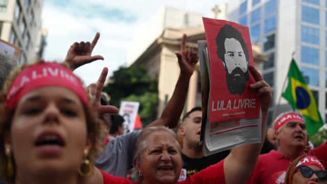 Atos em SP têm confusão com manifestantes pró e contra Lula; vídeo