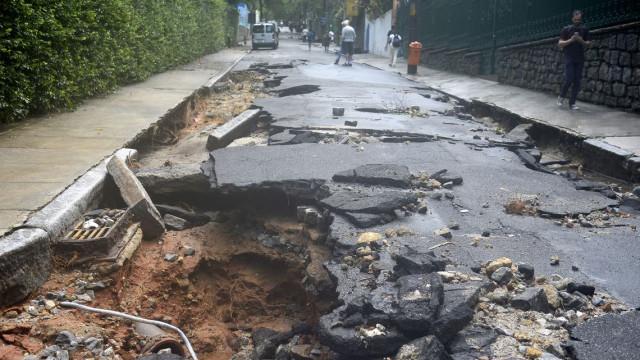 Rio de Janeiro sai do estágio de crise depois de fortes chuvas