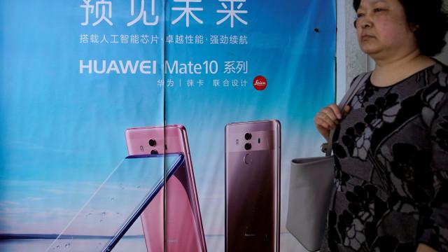 Fonte da CIA diz que Huawei recebeu fundos do governo chinês