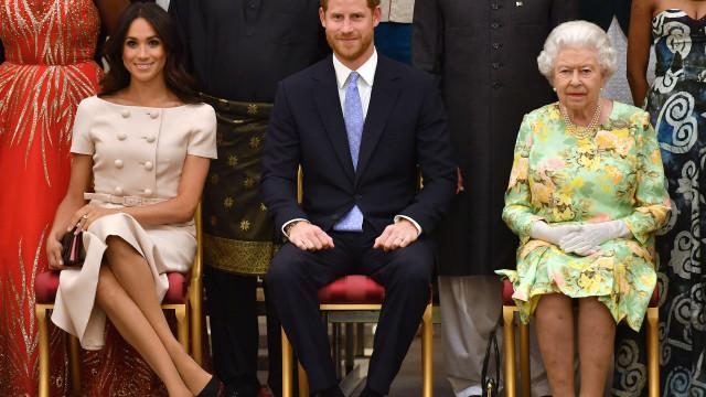 Rainha se sentiu 'traída' com declarações de Meghan sobre realeza