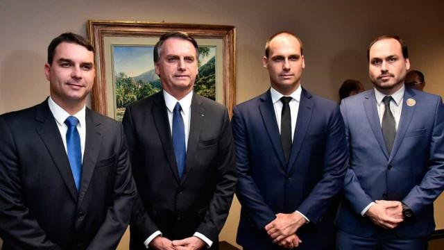 PF vai apurar vazamento de dados de Bolsonaro e filhos