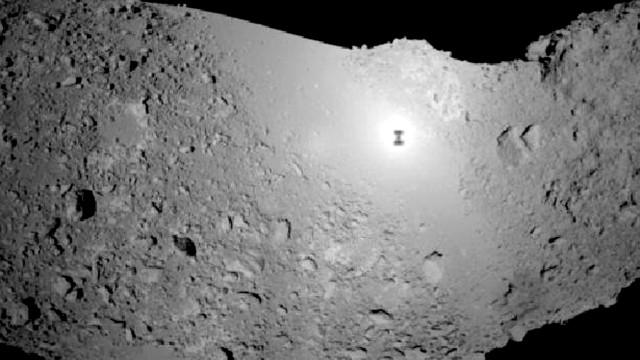 Sonda japonesa faz cratera artificial em asteroide