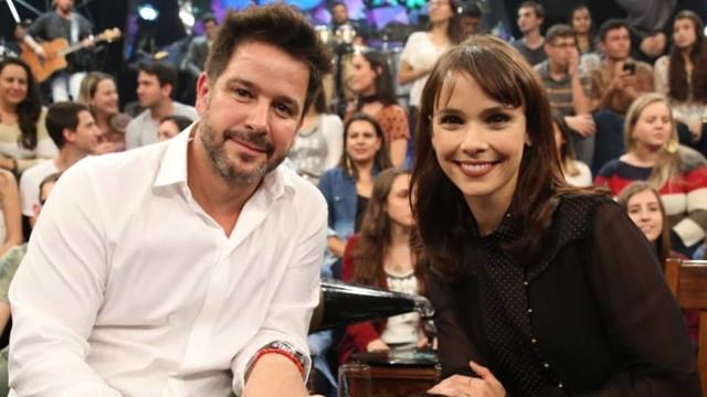 Débora Falabella procura advogados após ser perseguida por fã de ex