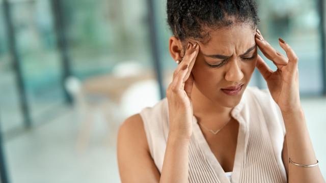Quatro técnicas para acabar com a dor de cabeça em 30 segundos