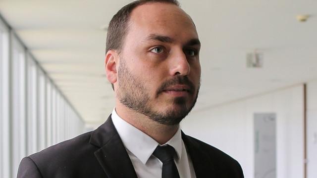 À PF, Carlos nega ter produzido conteúdo ofensivo ao Supremo