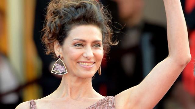Maria Fernanda Cândido surge deslumbrante em Cannes