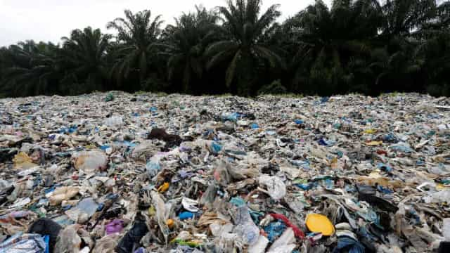 Malásia devolverá 3 mil toneladas de plástico aos países de origem