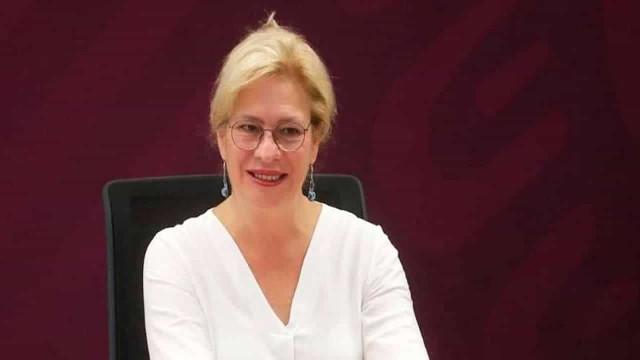 Ministra mexicana renuncia após causar atraso em voo