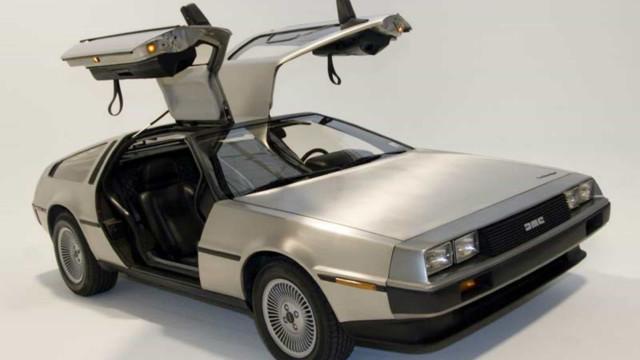 Lembra-se destas máquinas? Veja os carros mais icônicos de Hollywood!