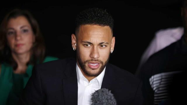Federação Francesa mantém punição a Neymar por agredir torcedor