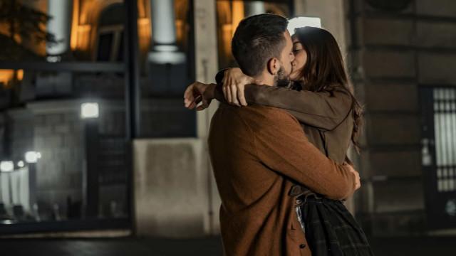 Pense bem antes de beijar alguém, há doenças transmitidas pelo beijo