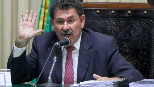 Preso, ex-deputado no Rio volta à 6ª série para reduzir pena