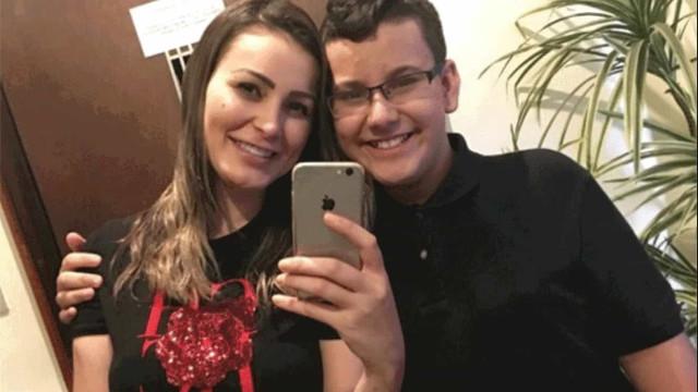 Andressa Urach remove tatuagem com nome do filho: 'Me arrependo'