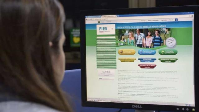 MEC lança projeto que estimula leitura infantil com familiares