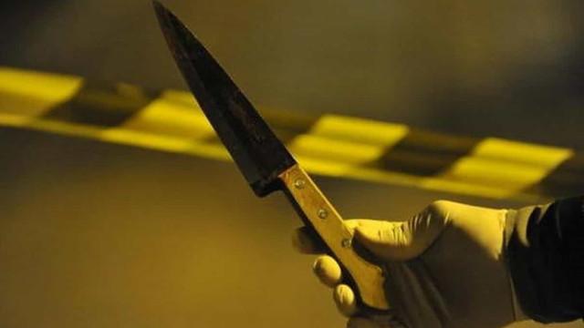 Segurança reage a agressão e esfaqueia cliente que recusou usar máscara