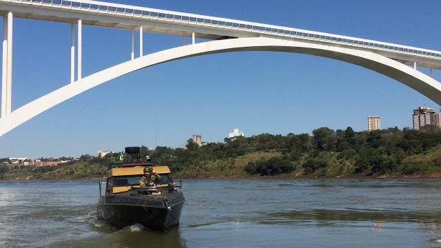 Operação conjunta mata traficante na fronteira com Paraguai