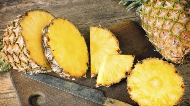 Sete motivos para comer duas fatias de abacaxi todos os dias