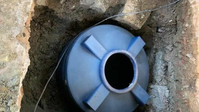 Meia tonelada de maconha é encontrada em cisterna no Rio