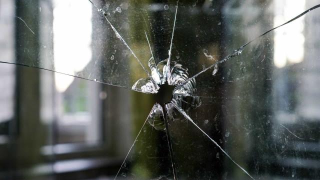 Menina de 5 anos morre a caminho da escola atingida por bala perdida