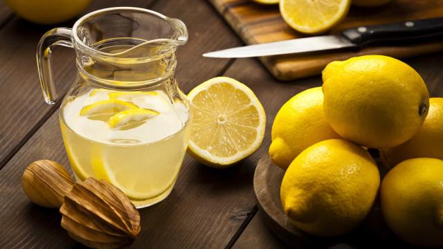 Mito ou fato: Beber água com limão faz bem à saúde?