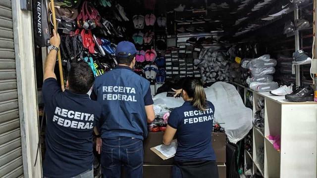 Shopping popular em São Paulo é fechado pela Receita