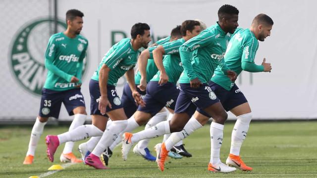 Mano reencontra Cruzeiro com chance de afundar mais o ex-time
