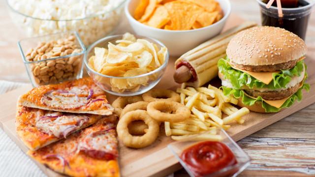 O que acontece ao corpo quando come 'junk food'