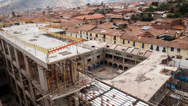 Justiça manda demolir hotel em Cusco, Peru
