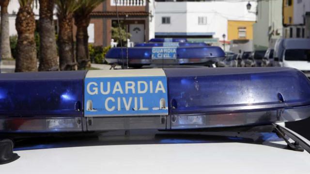"""""""Salvem a minha mamã"""". 11 crianças viram o pai matar a mãe em Espanha"""