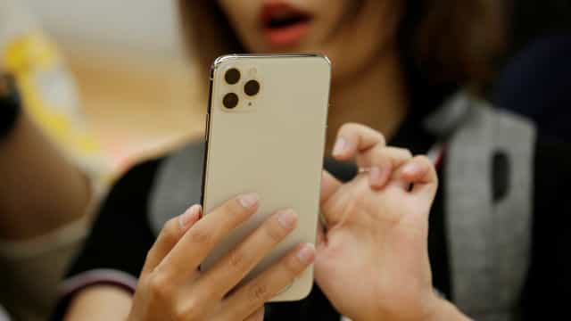 Apple não planeja incluir phones na compra de novos iPhones