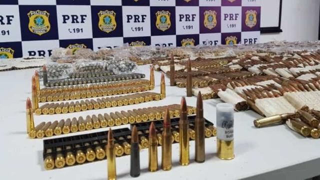 PRF prende mulher com milhares de munições de fuzil