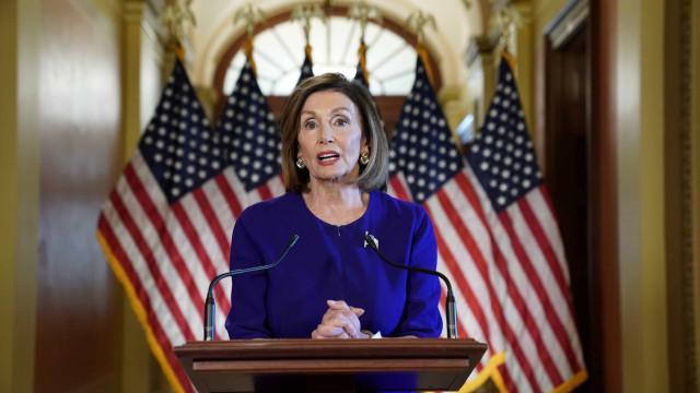 """Comportamento do Facebook é """"vergonhoso"""", diz congressista dos EUA"""