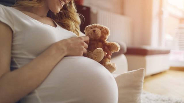 Covid-19: Investigadores aconselham cuidados redobrados na gravidez