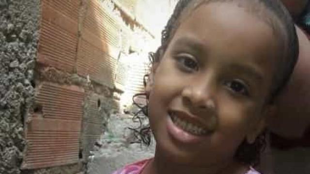Tio de menina encontrada morta no Morro dos Prazeres confessa o crime