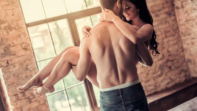 Sexo matinal? Onze motivos para começar bem o dia