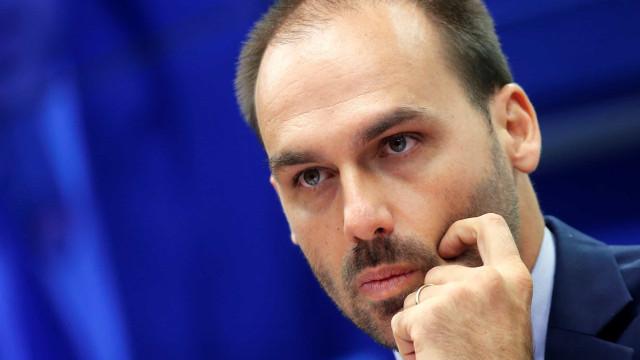 Crise no PSL deixa indicação de Eduardo para embaixada em suspenso