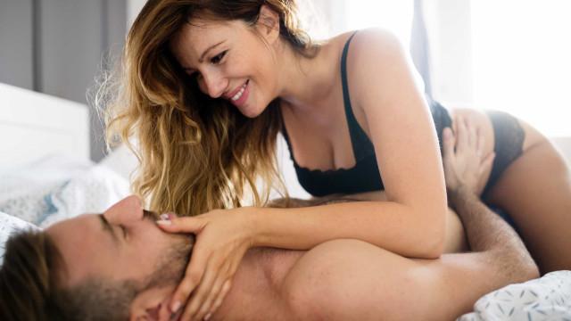 Noites quentes. Quantas vezes um casal deve fazer sexo para ser feliz?
