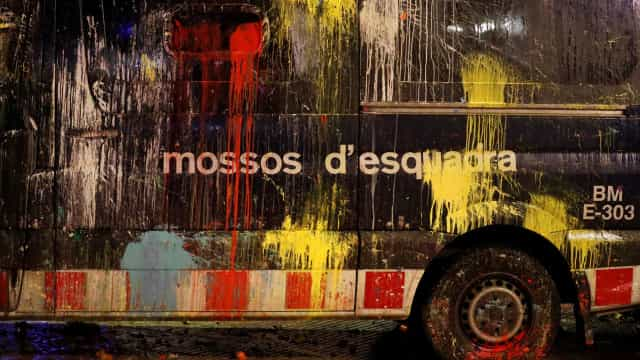 Catalunha: 289 polícias feridos em confrontos com manifestantes