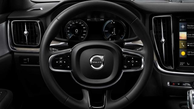 Carros da Volvo estarão limitados a 180km/h