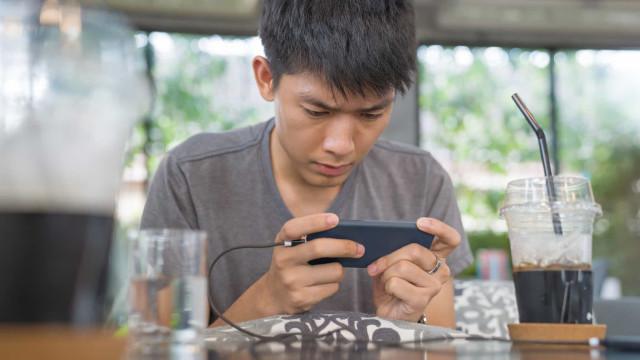 China: jogadores com menos de 18 anos terão 'toque de recolher'