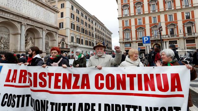 Mais da metade dos italianos considera racismo justificável