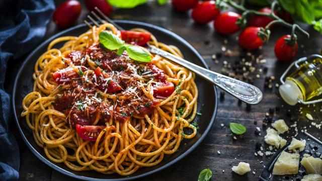 Nutricionista dá cinco motivos para comer um prato de massa sem culpa