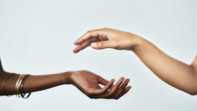 As suas mãos podem indicar se sofre de câncer do pulmão