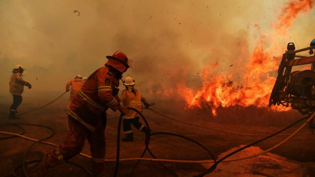 Nuvem de fumaça dos incêndios na Austrália atinge Chile e Argentina