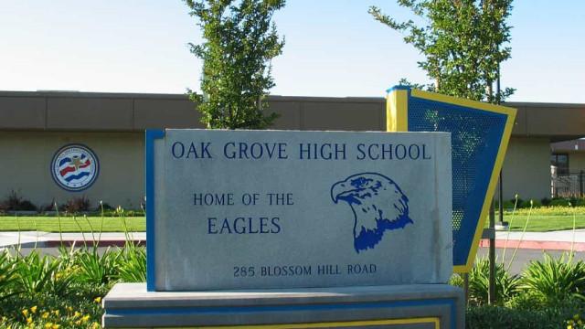 Bomba caseira encontrada em estacionamento de escola da Califórnia