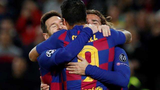 Quem tem Messi arrisca a ser feliz: Barça classificado